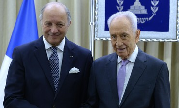 President Shimon Peres meeting with French Foreign Minister Laurent Fabius, August 25, 2013.