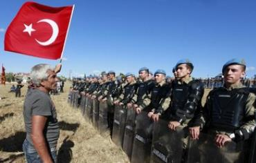 Turkish soldiers.
