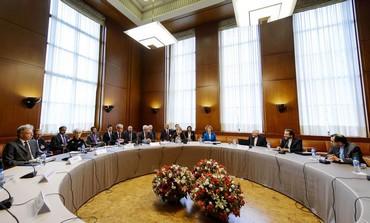 Iranian delegation meets representatives of world powers in Geneva nuclear talks, October 15, 2013