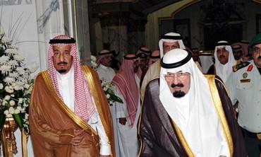 Saudi Arabia's King Abdullah (R) and his brother Prince Salman.