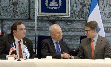 Education Min. Piron, President Peres, and Texas Gov. Perry