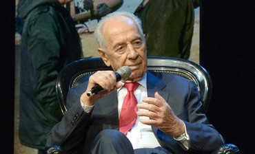 President Shimon Peres at the 2013 Jewish Federations of North America GA.
