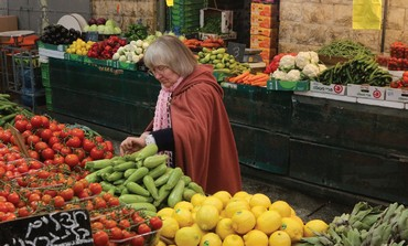 A shopper in Jerusalem's Mahane Yehuda market