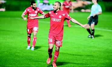 Hapoel Tel Aviv's Omer Damari celebrates after scoring
