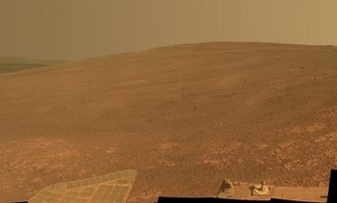 """The """"Murray Ridge"""" portion of the western rim of Endeavour Crater on Mars"""