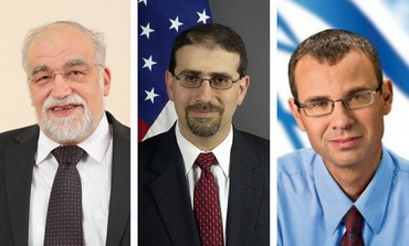 Yisrael Beytenu MK David Rotem (L), US ambassador Dan Shapiro, and Likud MK Yariv Levin
