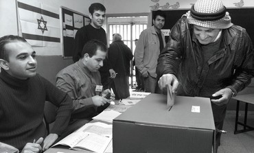 Arabs voting