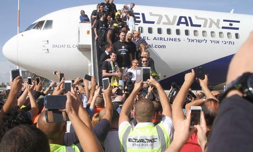 Maccabi Tel Aviv arrives in Israel
