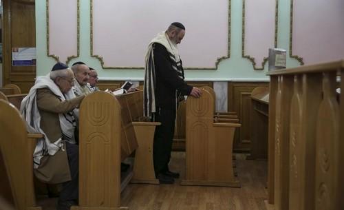 Ukraine synagogue