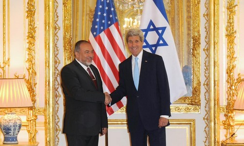 Kerry meets with Liberman in France June 26, 2014.