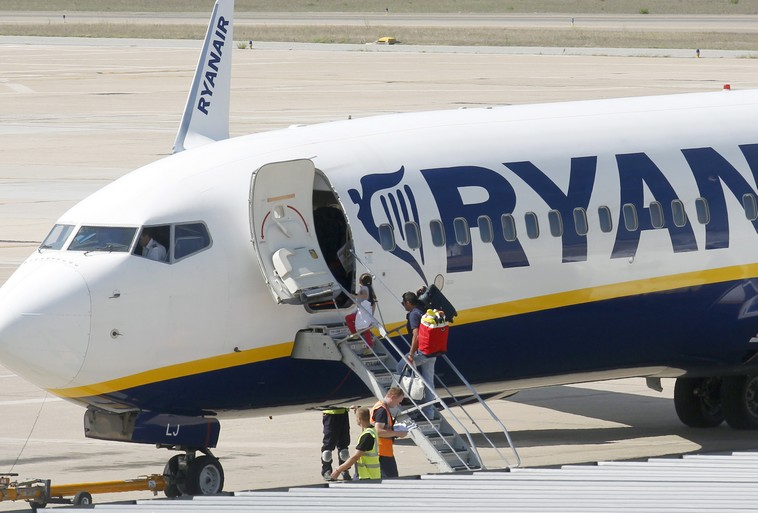 A Ryanair airplane