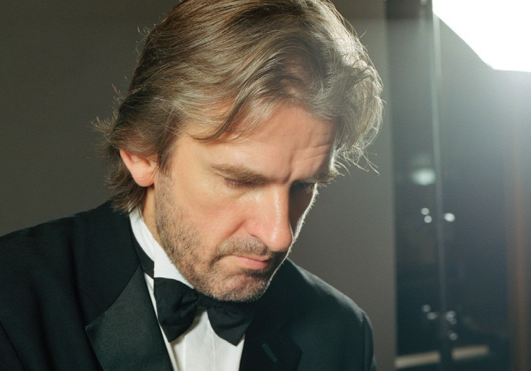Pianist Barry Douglas