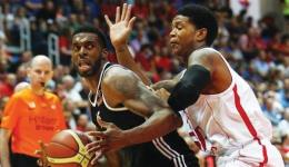 Hapoel Jerusalem's forward Donte Smith
