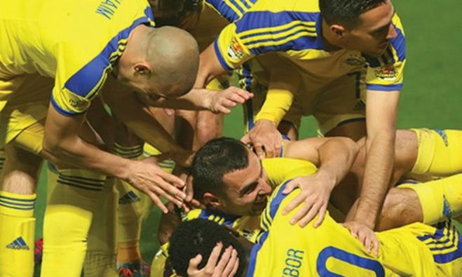 Maccabi Tel Aviv players.