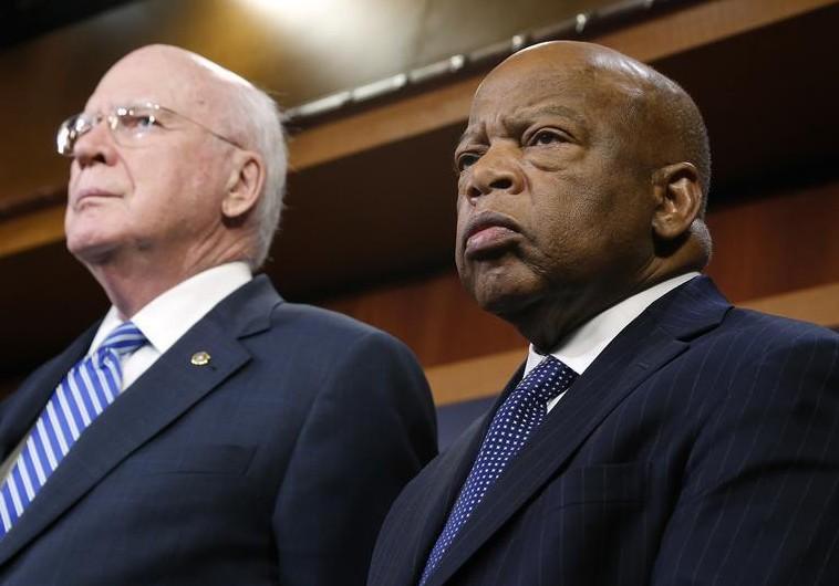 US Senator Patrick Leahy (D-VT) (L) and Representative John Lewis (D-GA)
