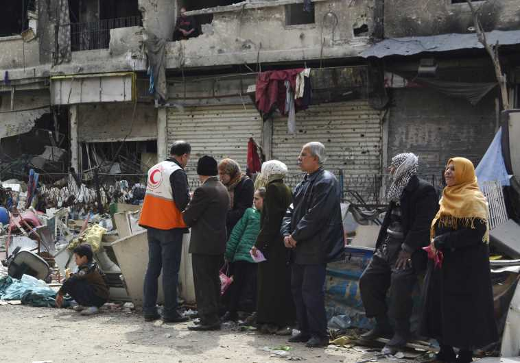 Syria prepares for offensive against ISIS in Palestinian camp of Yarmouk