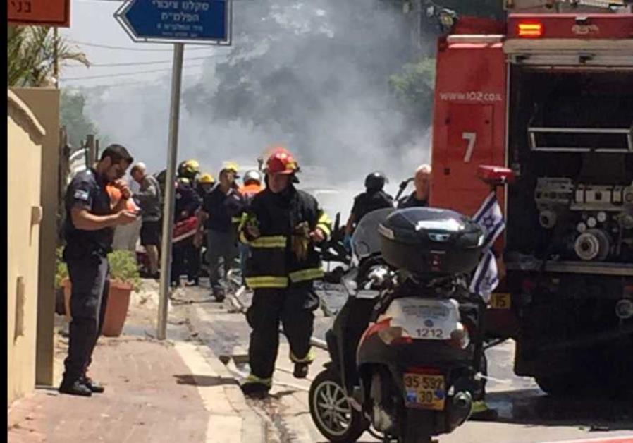 Vehicle explosion in Givatayim