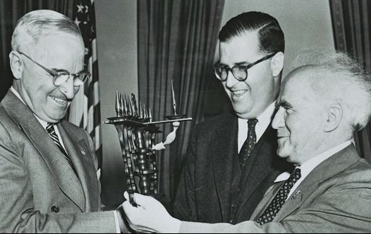 Abba Eban and prime minister David Ben-Gurion visiting US president Harry Truman, 1951. (Fritz Cohen)