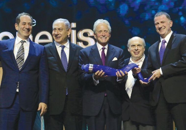 Genesis Prize Foundation CEO Stan Polovets, PM Benjamin Netanyahu, Michael Douglas