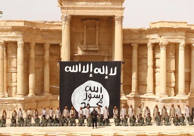 ISIS executes Syrian soldiers in ruins of ampitheater in Palmyra