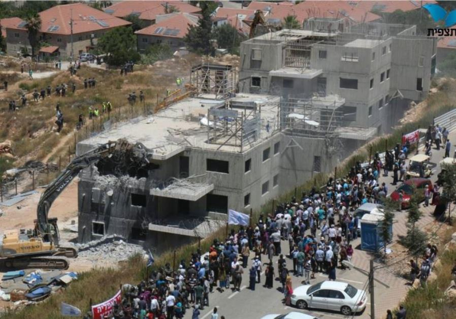 Confrontations in Beit El