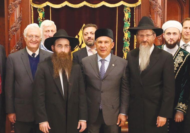 Limmud FSU founder Chesler (left), Tatarstan's Chief Rabbi Gorelik, Tatarstan President Minnikhanov