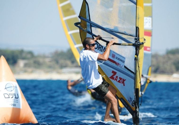 Shahar Zubari won the Israel national windsurfing title yesterday, finishing ahead of Yoav Omer and