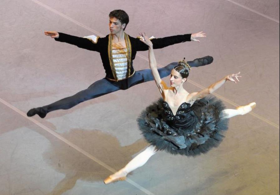 Julio Bocca's Ballet Nacional SODRE