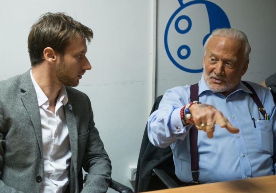 Buzz Aldrin with SpaceIL scientist Adam Green