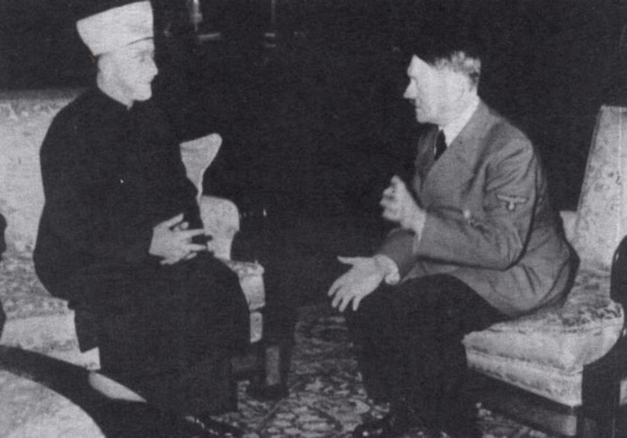 German dictator Adolf Hitler (R) and the grand mufti of Jerusalem, Haj Amin Al-Husseini