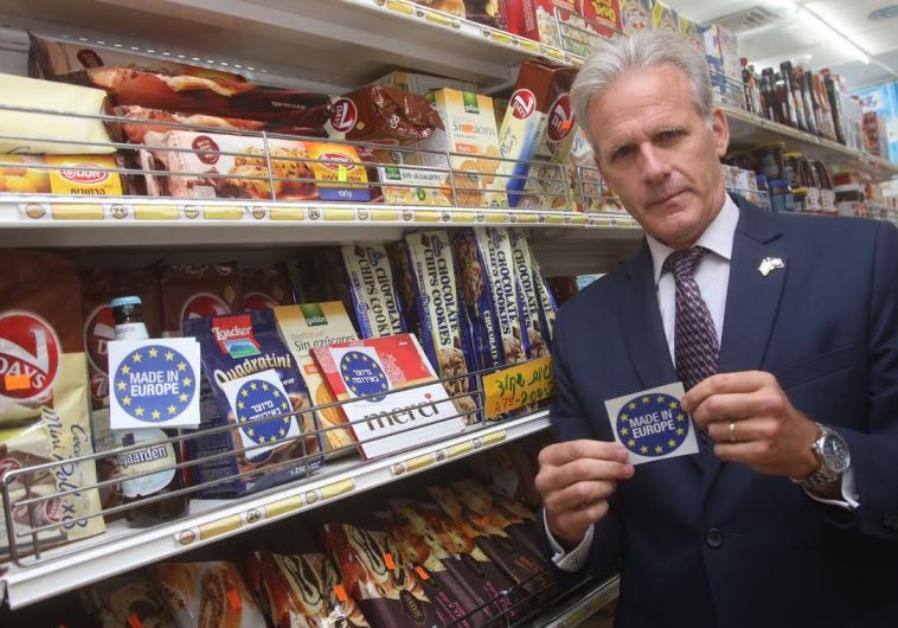 MK Michael Oren with Made in Europe sticker