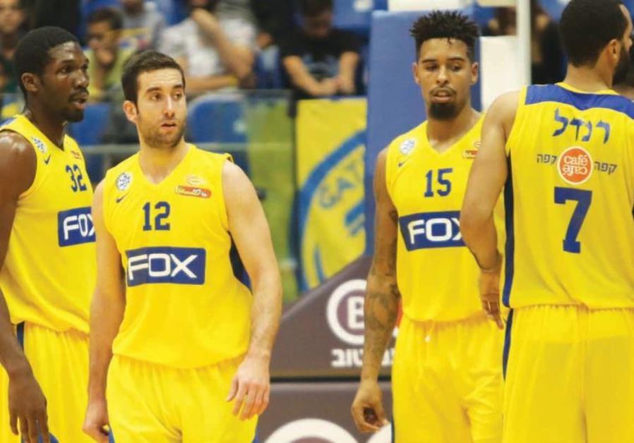 From left, Maccabi Tel Aviv's Trevor Mbakwe, Yogev Ohayon, Sylven Landesberg, Brian Randle