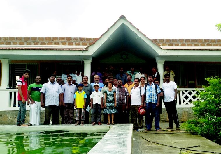 La communauté fondée par les Devashayam