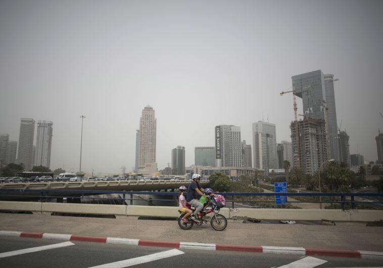 sandstorm dust