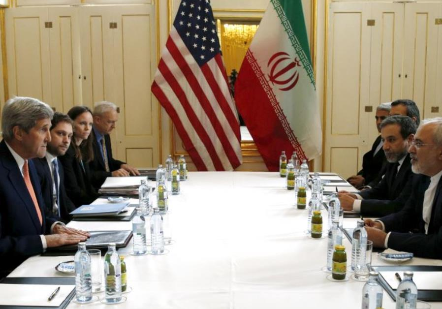 US Secretary of State John Kerry (L) meets with Iranian Foreign Minister Mohammad Javad Zarif- Janua