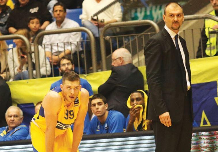 al Mekel (left) and coach Zan Tabak (right).