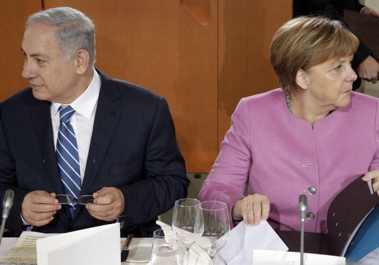 Prime Minister Benjamin Netanyahu (L) and German Chancellor Angela Merkel