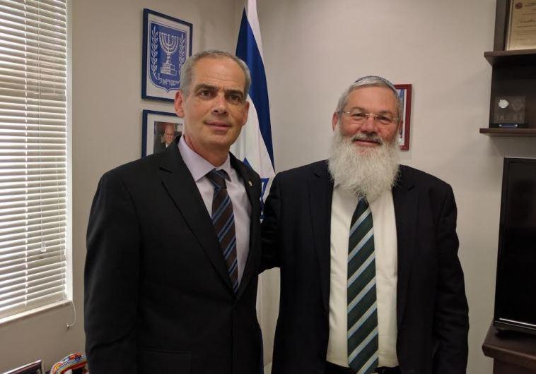 Deputy Defense Minister Eli Ben Dahan (R) and Israeli ambassador to Mexico Jonathan Peled