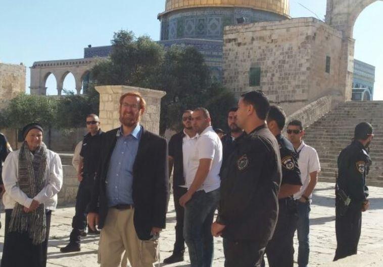 Yehuda Glick at Temple Mount.