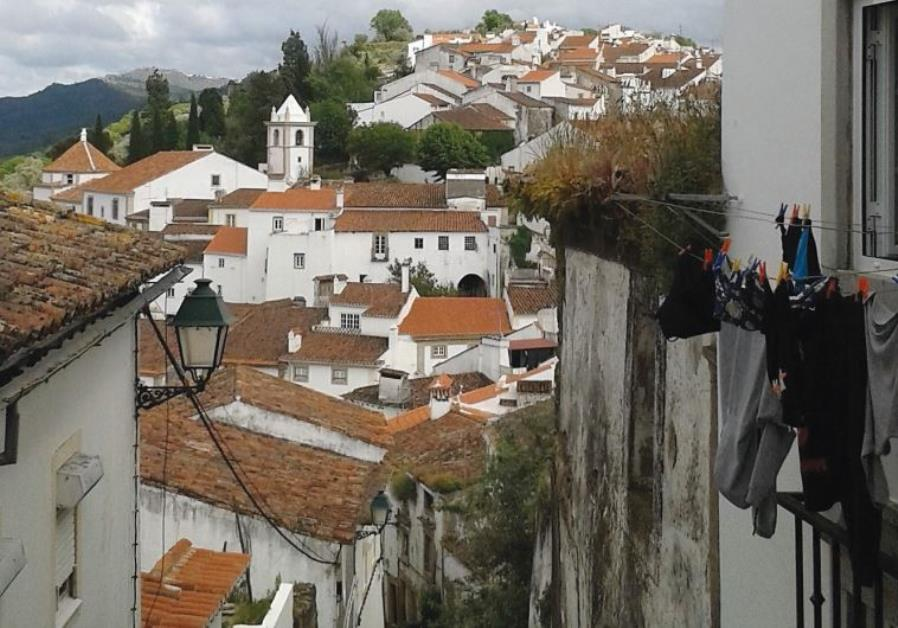 THE MOUNTAIN village of Castelo de Vide, pop. 3,400, beckons with its medieval synagogue, now restor