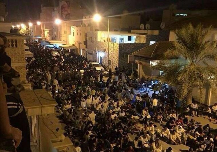 Protesters hold sit-in outside Isa Qassim's house