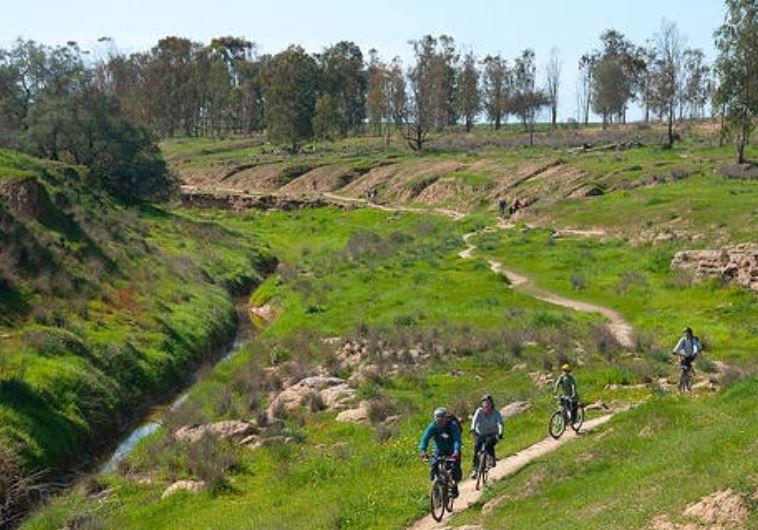 Kibbutz Be'eri Cycling Routes