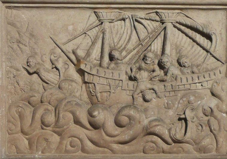 Book of Jonah, sandstone relief - Norbert Kaiser