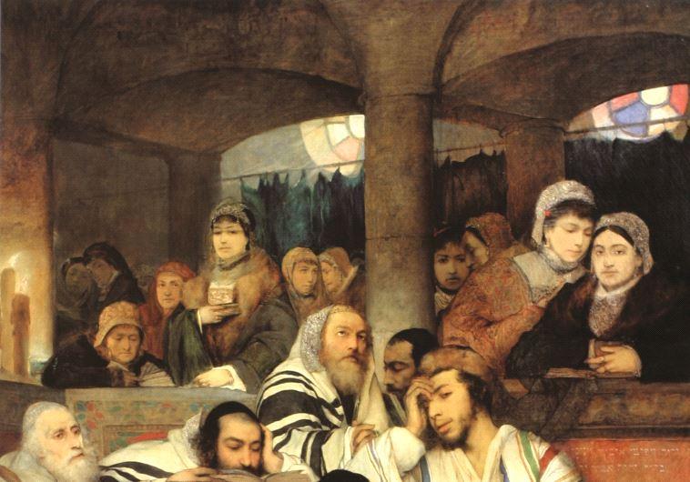 Juifs en prière à la synagogue à Yom Kippour