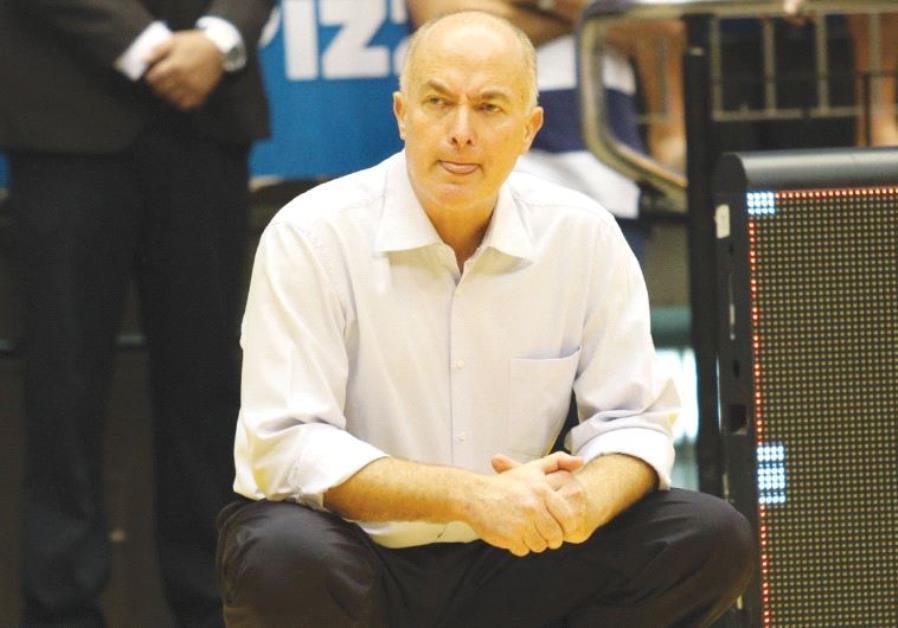 Maccabi Tel Aviv sacked coach Erez Edelstein
