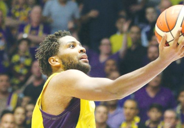 Hapoel Holon guard Khalif Wyatt had 25 points in last night's 99-76 win over Hapoel Jerusalem.