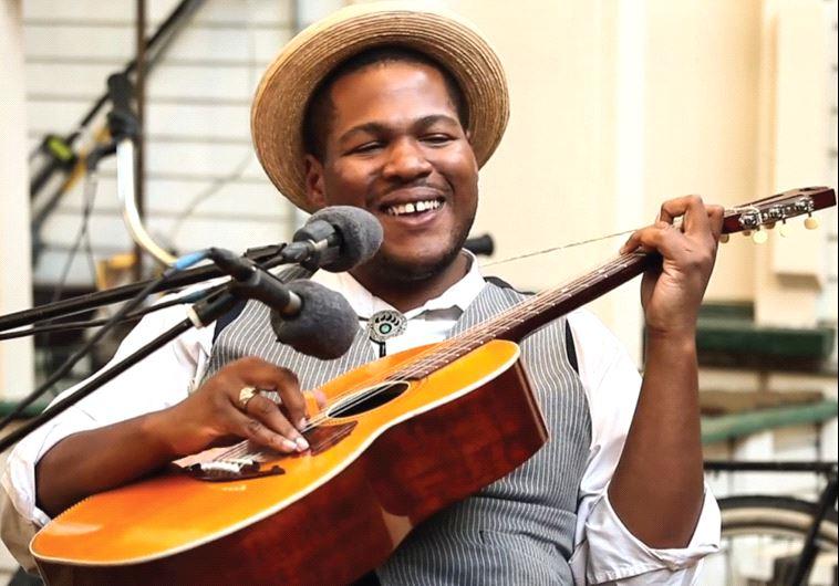 Blues musician Jerron Paxton