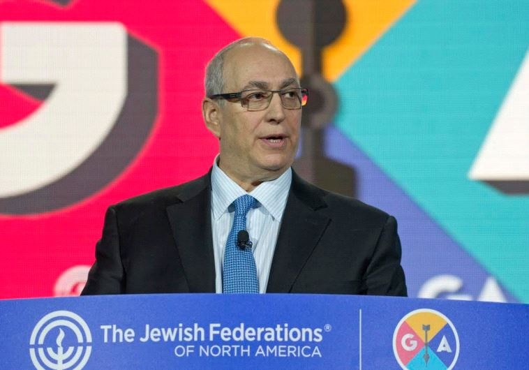 Chemi Peres, son of the late Ninth President Shimon Peres, speaks at the GA – the annual Jewish Fede