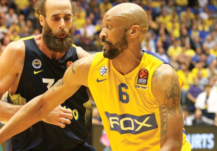 Maccabi Tel Aviv forward Devin Smith