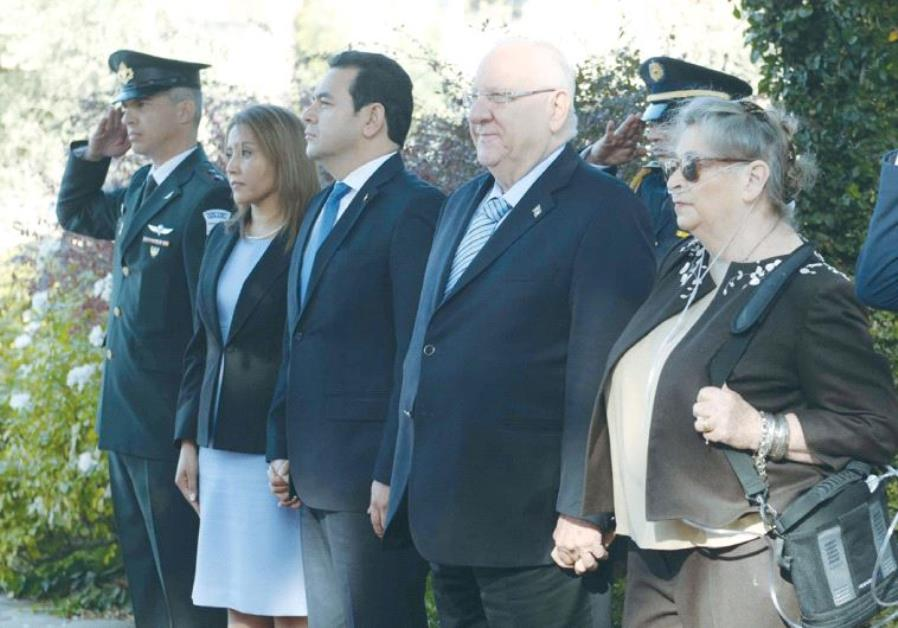 PRESIDENT REUVEN RIVLIN and his wife, Nechama, meet with Guatemalan President Jimmy Morales and his